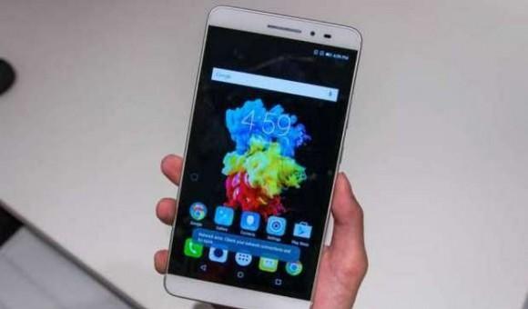 Обзор Lenovo PB1-750M: большой смартфон или компактный планшет?