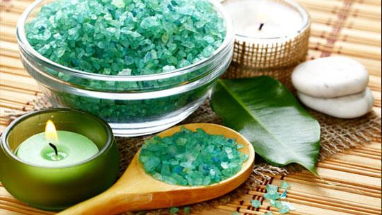 7 лучших средств для принятия ванны – морская соль