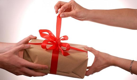 Чего хочет женщина, или Лучшие подарки-гаджеты на 8 марта