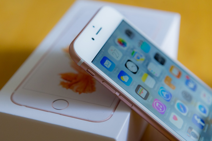 Apple iPhone 6s Rose Gold-с упаковкой
