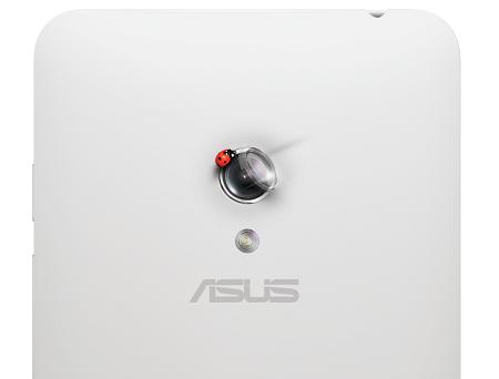 Asus Zenfone 5 A501CG-тыловая камера