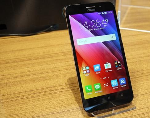 Asus Zenfone Max ZC550KL- Экран