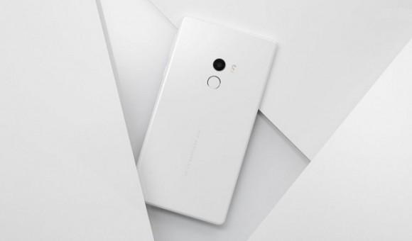 «Безрамочные» Xiaomi Mi Mix в белом цвете были распроданы за считанные секунды