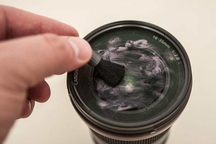 Пятна на объективе фотоаппарата
