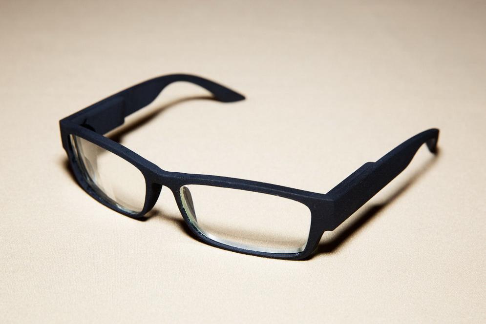 """Скоро появятся """"умные"""" очки, которые заменят смартфоны"""