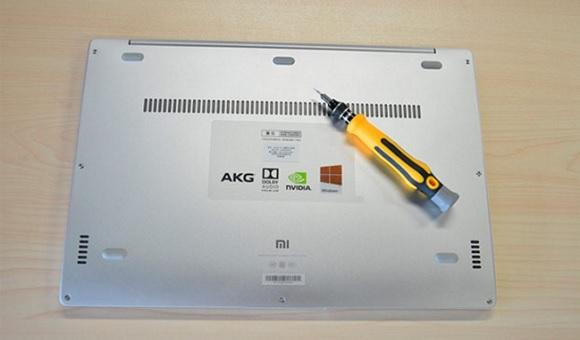 Энтузиасты из Китая разобрали ноутбук Xiaomi Mi Notebook Air