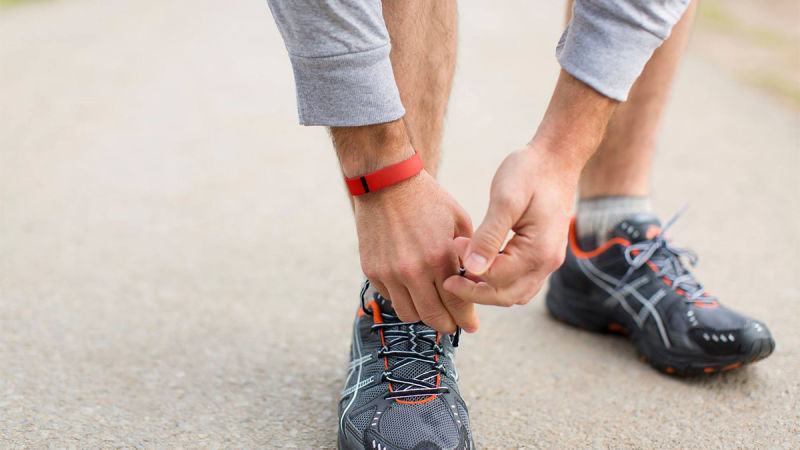 Фитнес-браслет на пробежке-аксессуар
