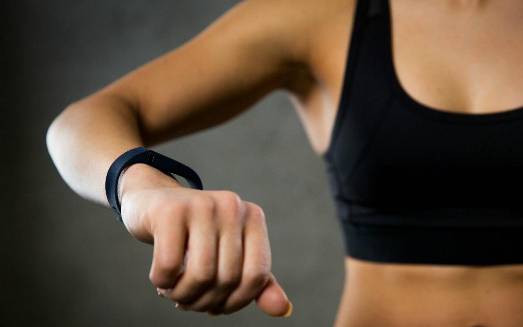 Фитнес-трекеры в спорте-их роль