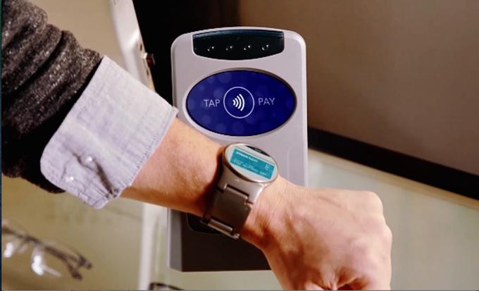 Фото. Стартап недели от АЛЛО. Blocks – первые в мире модульные смарт-часы. использование вместо кошелька
