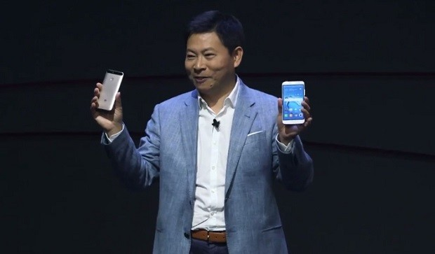Huawei утверждает, что обогнала Apple по поставкам смартфонов