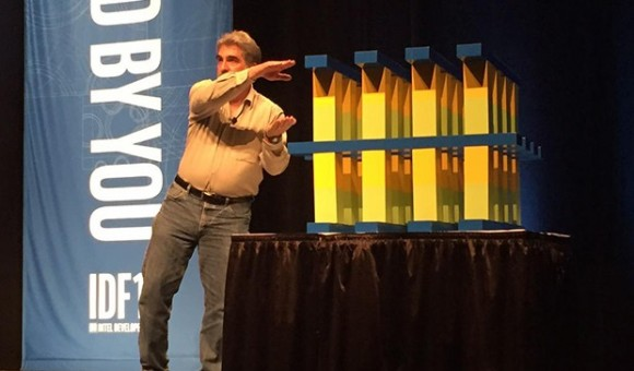 Intel разрабатывает «вечные» карты памяти