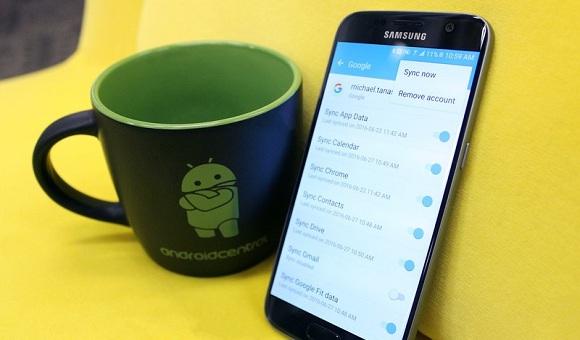 Как восстановить потерянные контакты Google на Android - главное фото