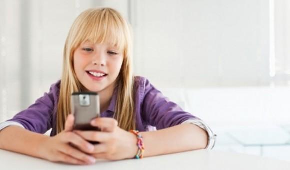 Как выбрать первый телефон для ребенка