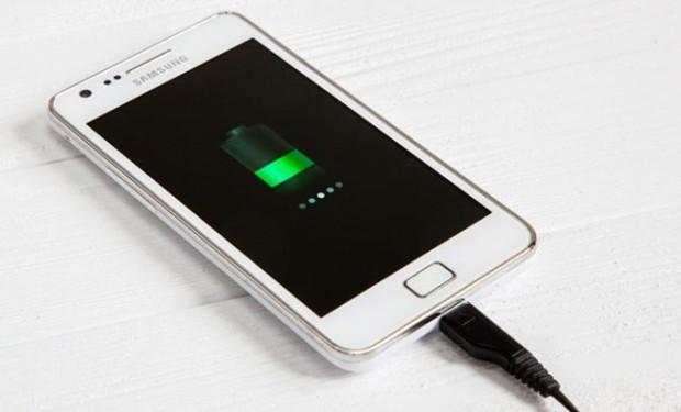 Как выбрать зарядку для телефона советы экспертов – Смартфон на зарядке