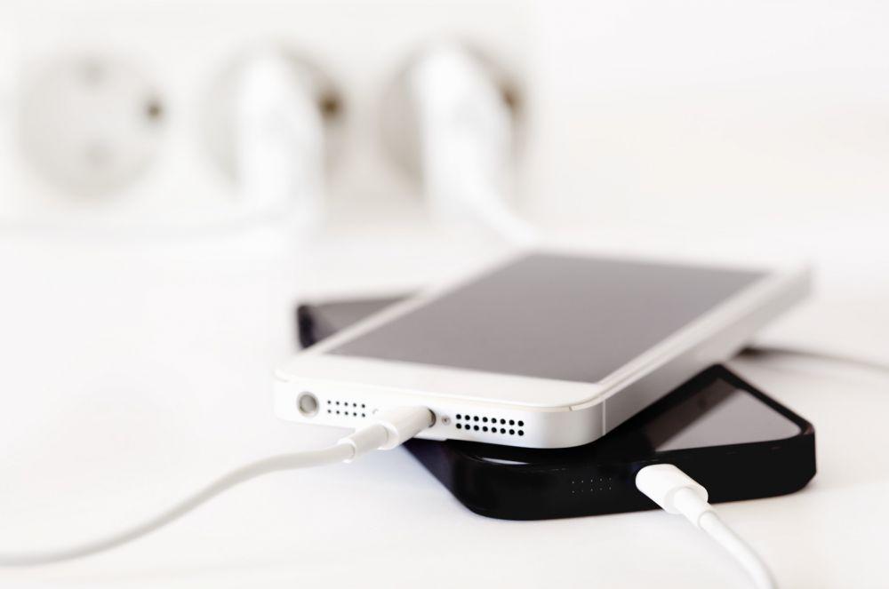 Как выбрать зарядку для телефона советы экспертов – Смартфоны на зарядке