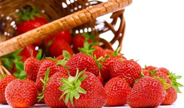 Клубника – бесценная ягода для красоты и здоровья