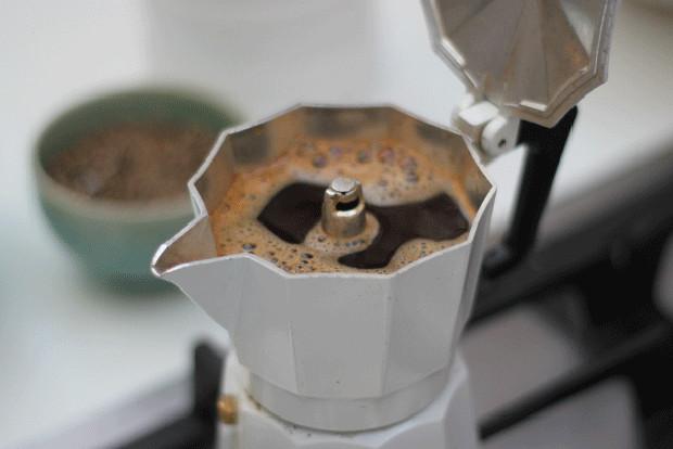 Кофеварка гейзерного типа шпаргалка пользователя – Приготовление кофе в гейзерной кофеварке