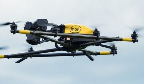 Компания Intel выпустила первый профессиональный дрон Falcon 8+