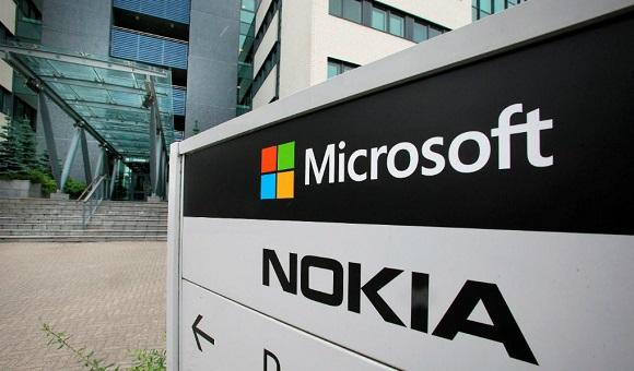 Компания Microsoft прекращает выпуск мобильных телефонов