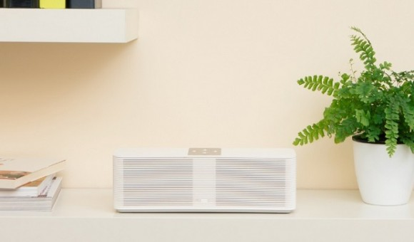 Компания Xiaomi представила многофункциональный динамик Mi Internet Speaker