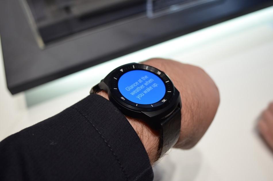 LG G Watch R-в использовании