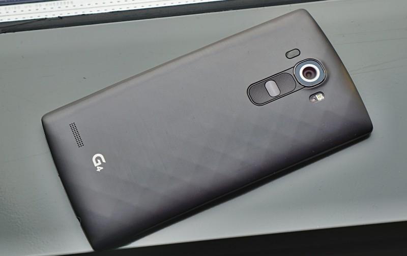 LG G4-живое фото задняя панель