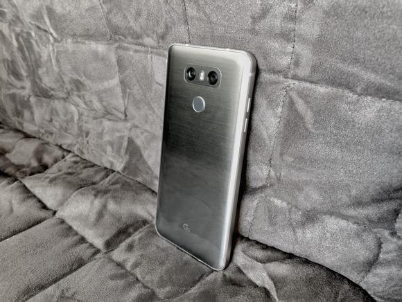 LG G6-задняя панель