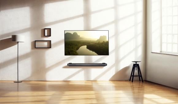 LG SIGNATURE OLED TV W_Lifestyle2