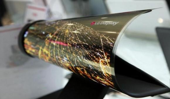 LG работает над устройством-трансформером со сгибаемым дисплеем