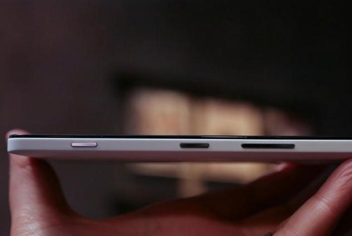 Microsoft Lumia 950- Эргономика