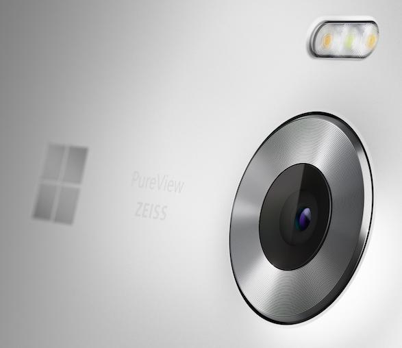 Microsoft Lumia 950- Глазок тыловой камеры и Вспышка