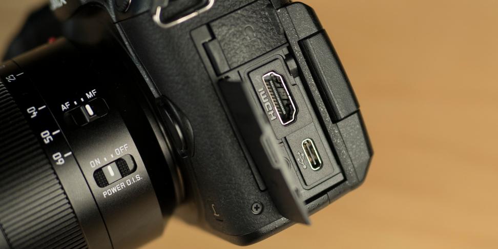 Panasonic Lumix GH5. беззеркальная фотокамера, снимающая 4K при 60 fps - дизайн (3)