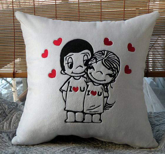 Подушкадумка для любимого своими руками