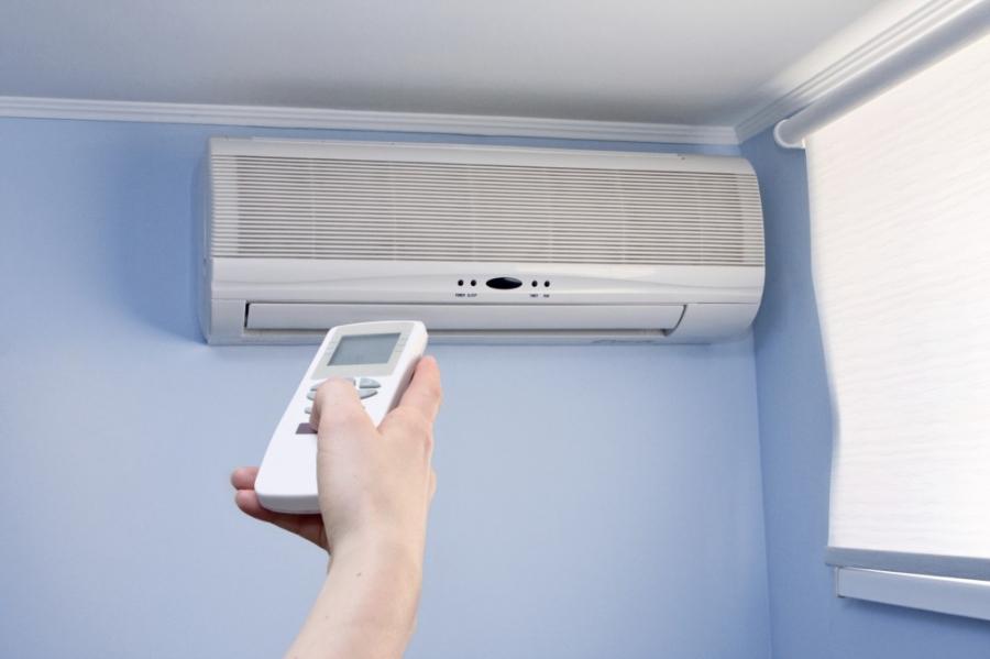 При какой температуре на улице можно включать кондиционер на обогрев – кондиционер зимой