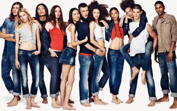 Путеводитель по джинсам – как выбрать свою идеальную пару – Джинсы постер