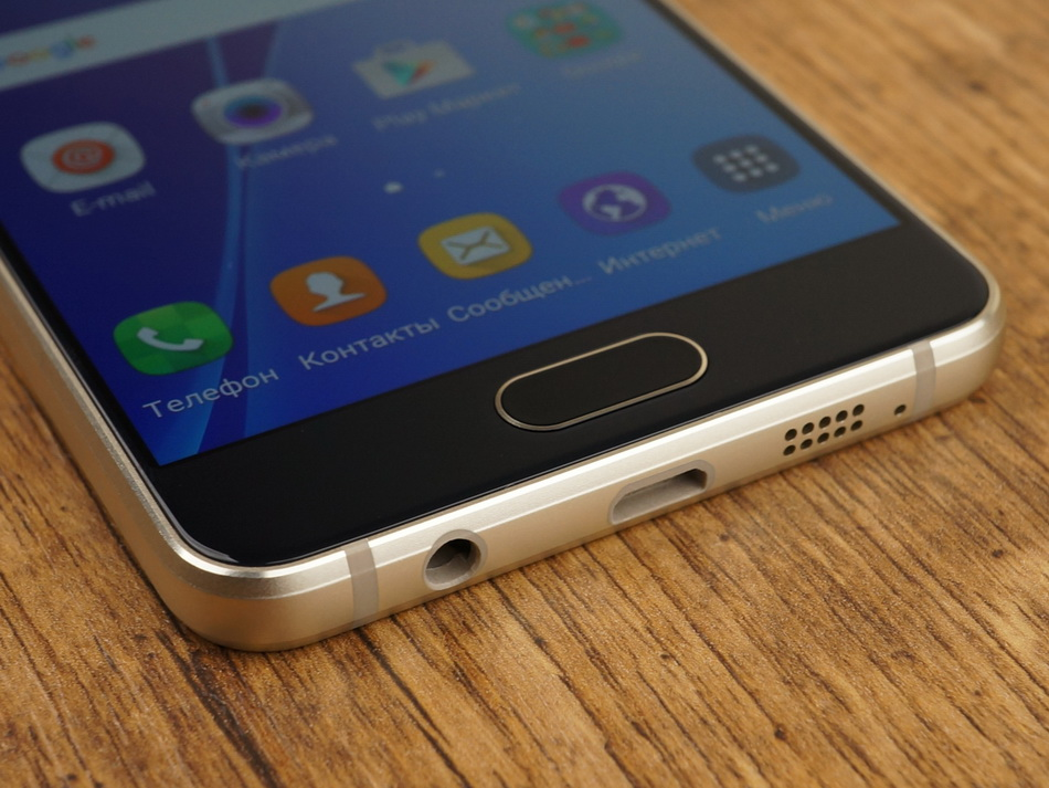 Samsung Galaxy A3 (2016)-эргономика нижний торец