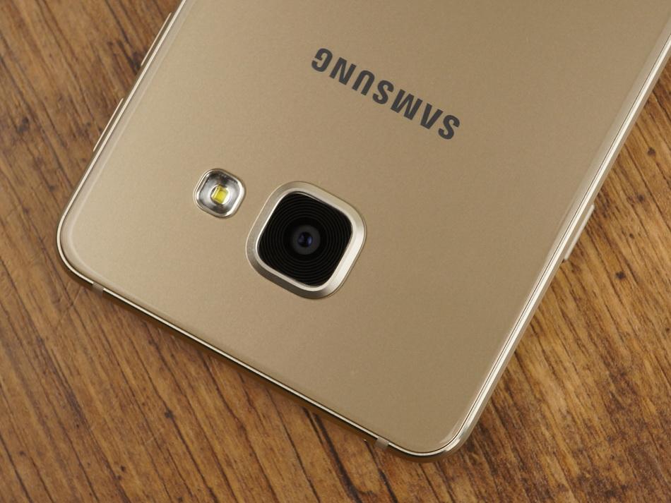 Samsung Galaxy A3 (2016)-основная камера