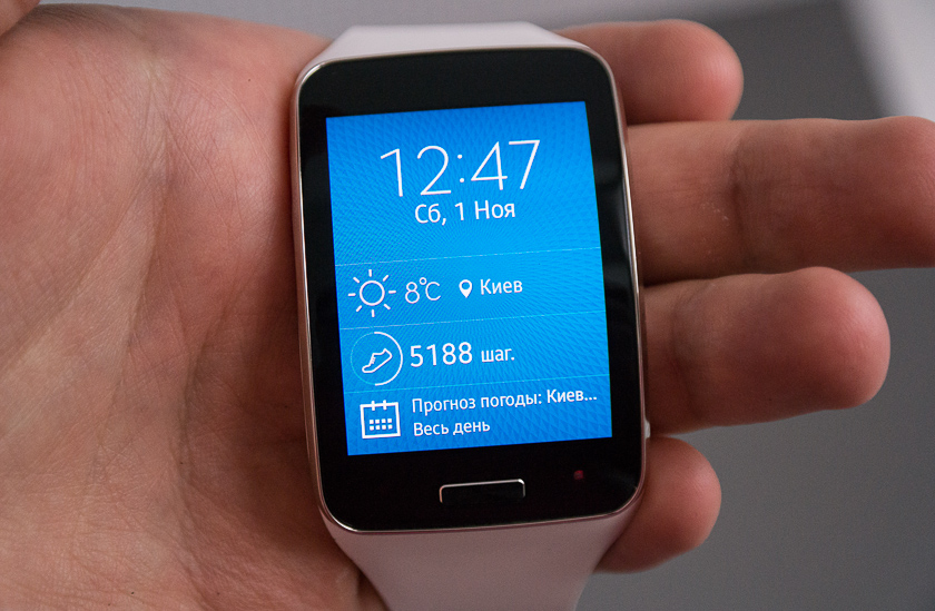 Samsung Galaxy Gear S - экран
