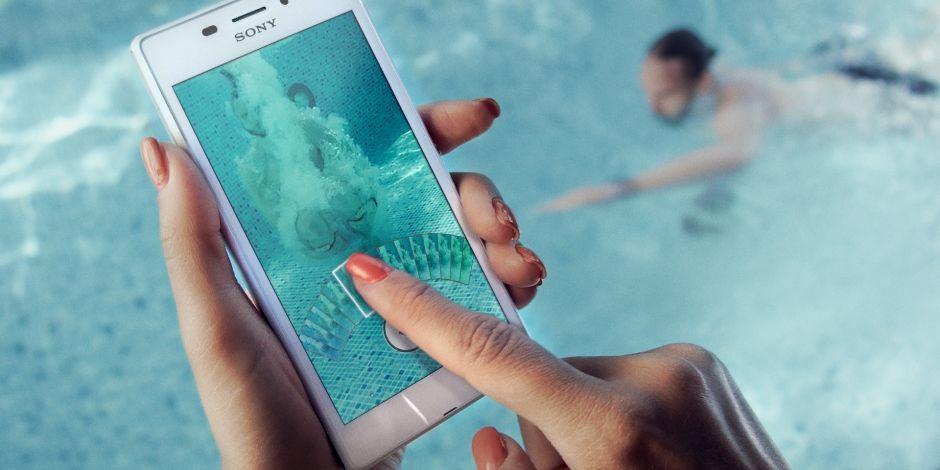 каким телефоном можно фотографировать под водой снимки