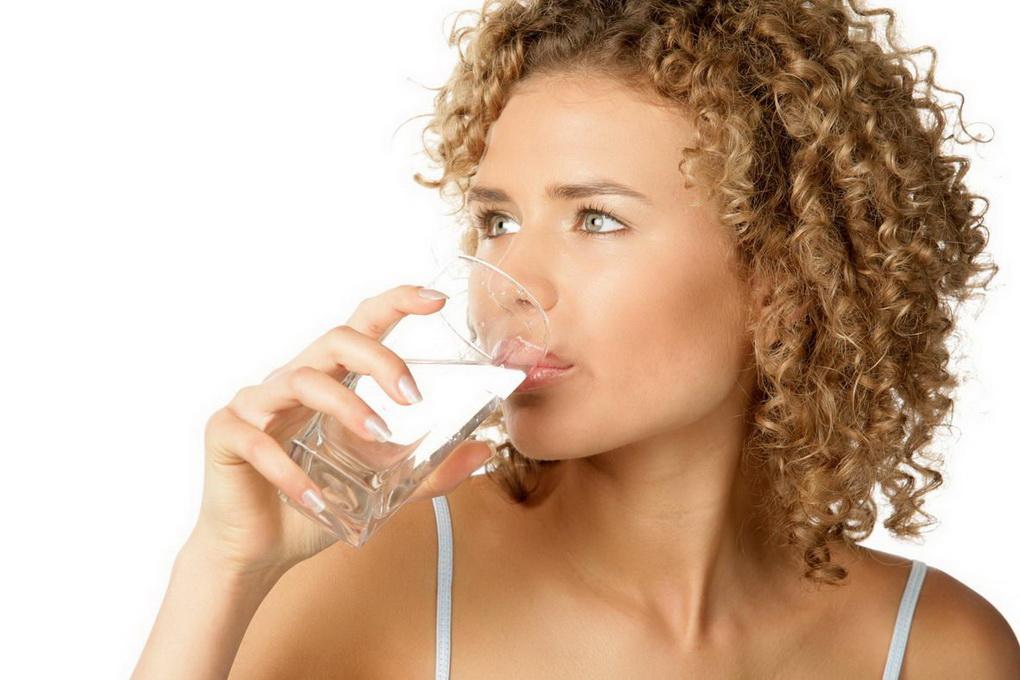 Стакан воды на ночь-рекомендации