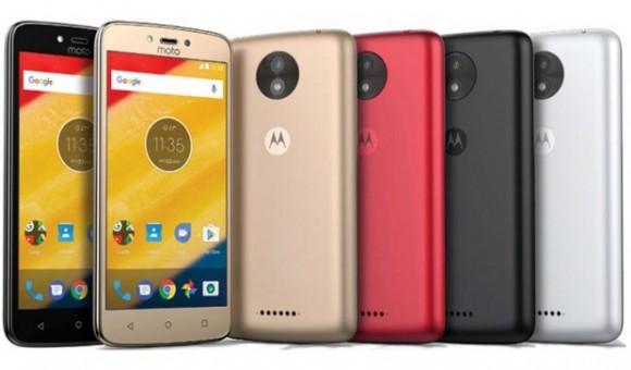 Стали известны характеристики смартфонов Moto C и Moto C Plus