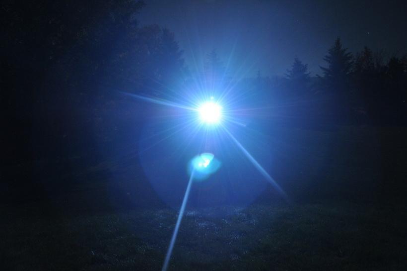 Свет-от фонаря