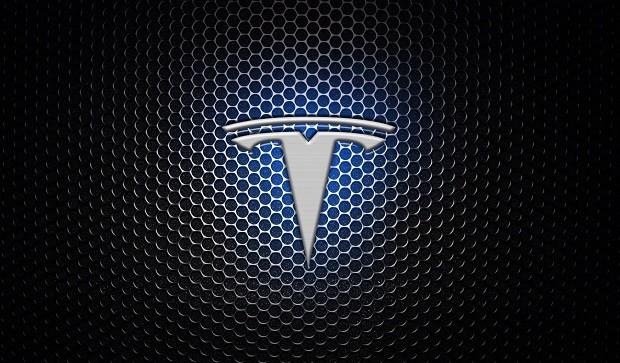 Tesla планирует запустить собственный потоковый музыкальный сервис