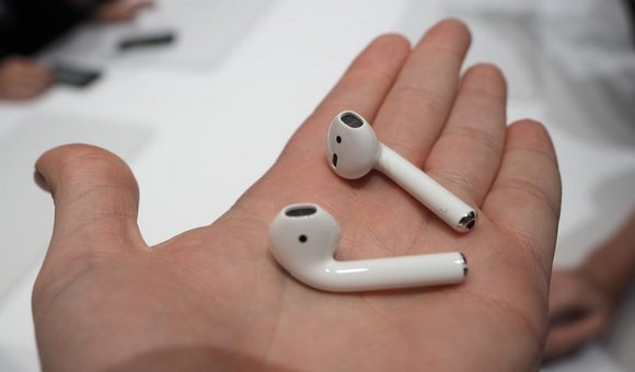 Apple AirPods - купить Наушники Apple AirPods (MMEF2ZE A) в Алло ... 6232151faa1df