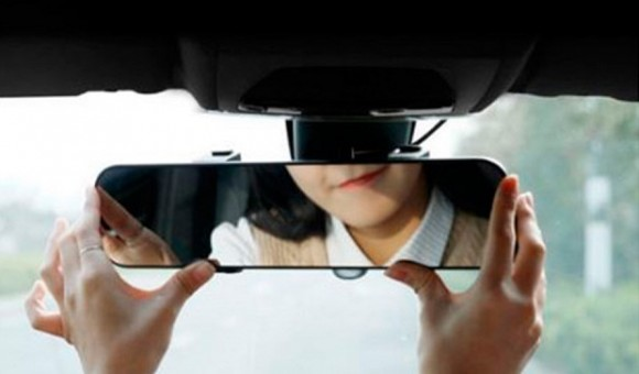 Xiaomi выпустила «умное» зеркало заднего вида для автомобилей