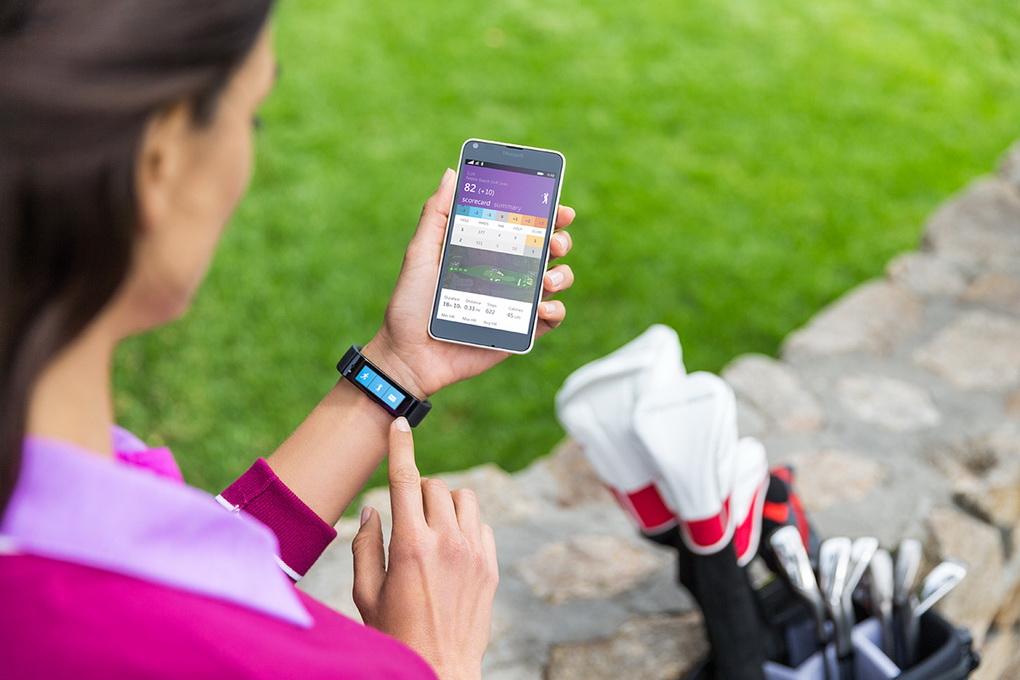 Здоровый образ жизни и фитнес-трекеры-фото