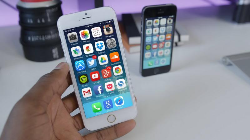 iPhone 6-общий вид в руке