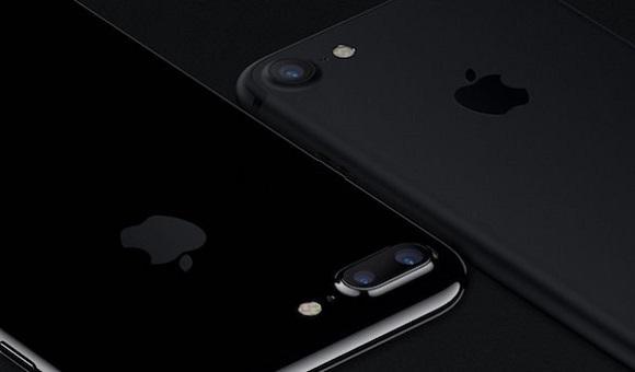iPhone 7 в черном матовом и черном глянце сравнили на фото - главное фото